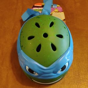 NWT Leonardo Bike Helmet